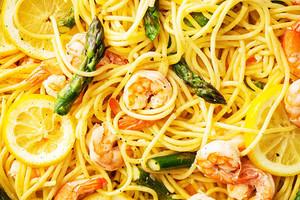 Lemony Shrimp and Asparagus Spaghetti