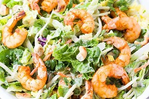 Healthy Grilled Asian Thai Shrimp Salad